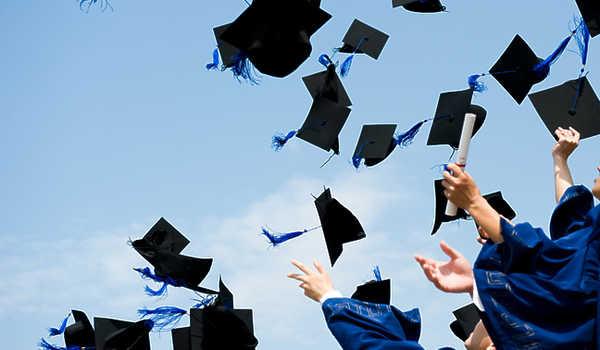 Program Bantuan Beasiswa Berprestasi dari Pemerintah Kabupaten Lebong
